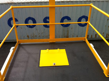 Training Container top access hatch